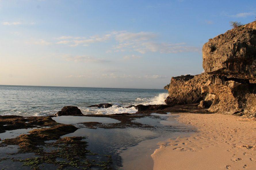 beach-652090_960_720